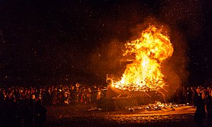 Birdwatching Holiday - NEW! Up Helly Aa - Shetland in Winter